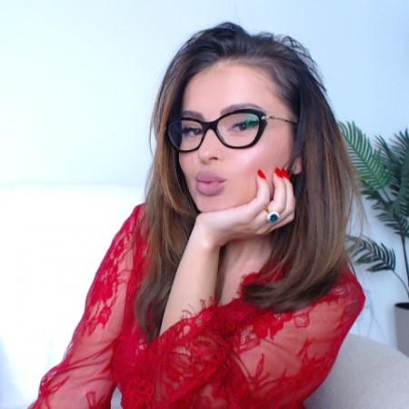 miss-bella at CamLust